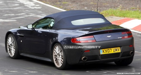Tambin desde Nrburgring: Aston Martin V12 Vantage Roadster