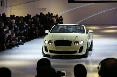 Bentley Continental Supersports Convertible, desde Ginebra
