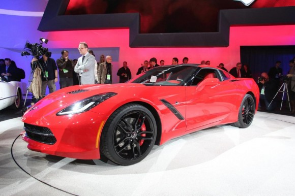 General Motors subastará el primer Chevrolet Corvette fabricado