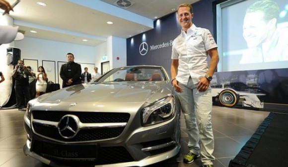 Michael Schumacher se une al equipo AMG de Mercedes