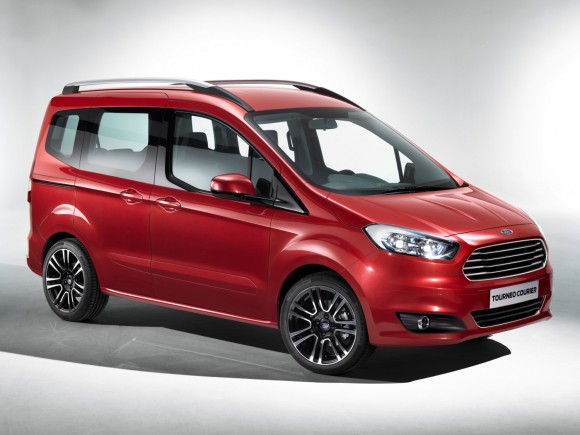Ford Tourneo Courier, espacio bajo un bonito envoltorio