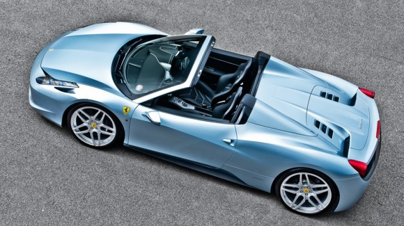 Kahn Design se atreve con el Ferrari 458 Spider