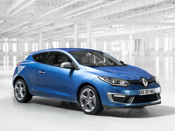 Renault Mégane GT 220, ahora disponible en Berlina y Coupé