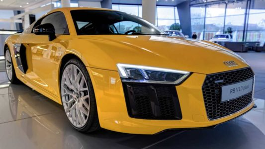 Al natural: Audi R8 V10 Plus en Vegas Yellow
