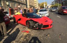 laferrari-crashes-in-budapest-hits-three-cars-photo-gallery_5