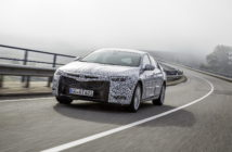 Always active: Adaptive Opel FlexRide chassis with 'Standard', 'Sport' and 'Tour' modes.