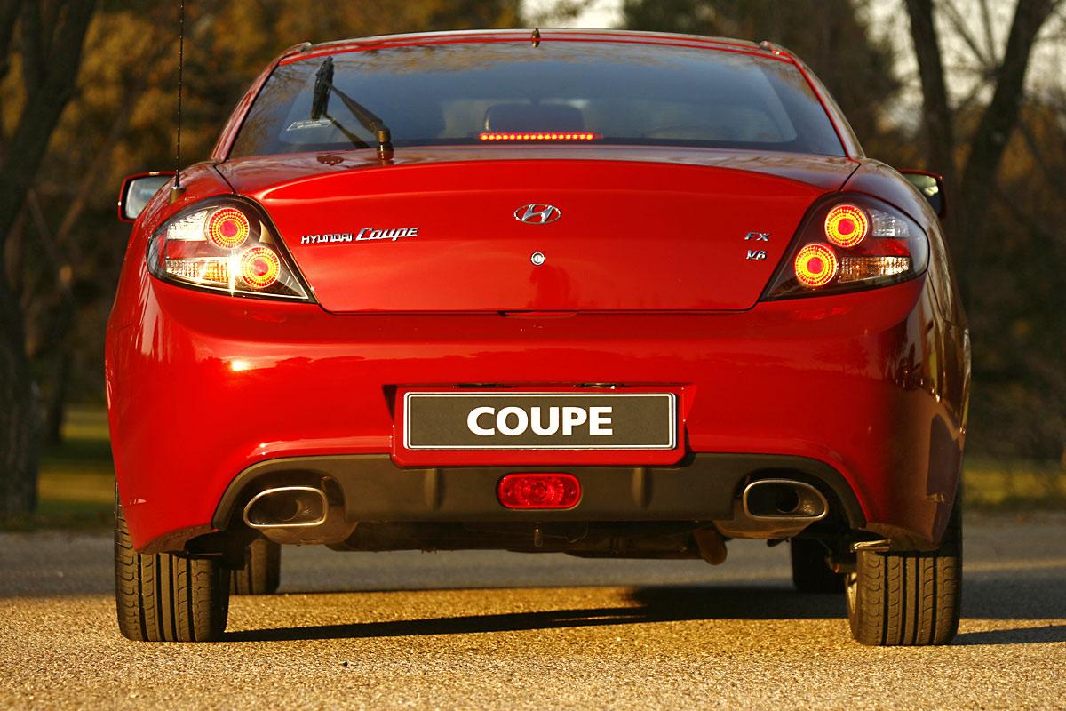 hyundai_coupe3.jpg