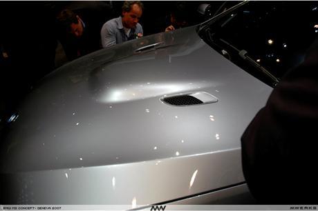 BMW M3 /></p> <p align=
