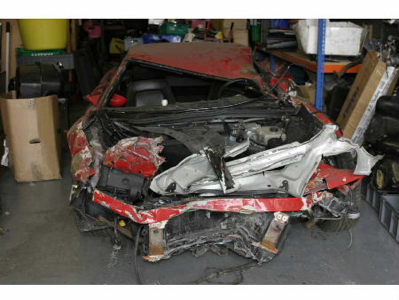 Nissan Sunny Ferrari 355 V8