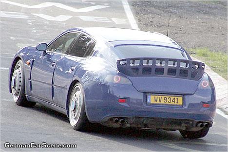 Porsche Panamera, cazado en el anillo