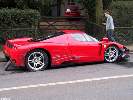 Ferrari Enzo accidente