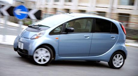 Mitsubishi i eléctrico