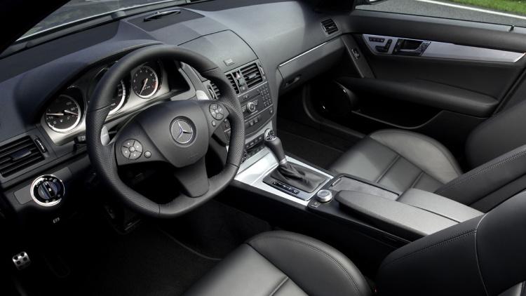 Mercedes C63 AMG, y por fin vio la luz