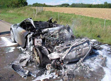 Audi R8 quemado