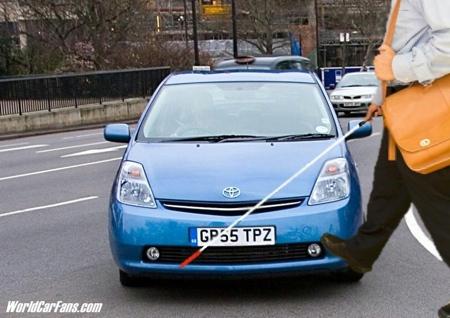 Toyota Prius invidente