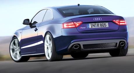 Audi RS5 V10