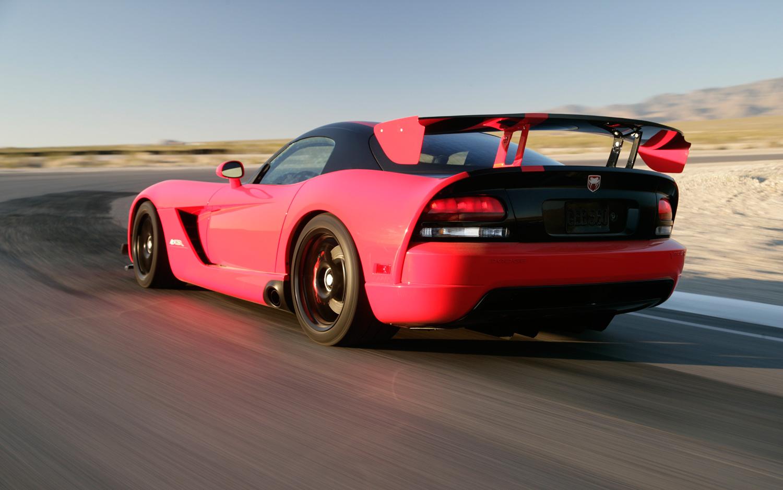 Dodge Viper SRT10 ACR, el coche de carreras multiusos