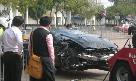 Nissan GT-R accidente