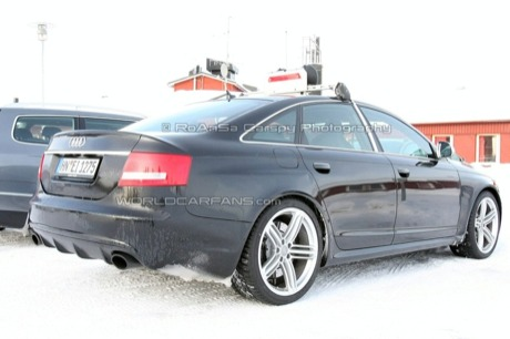 Audi RS6 sedán confirmado con fotos espía bajo el brazo