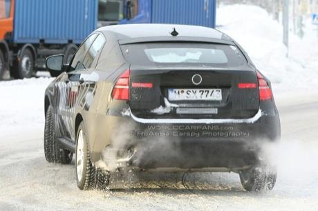 BMW X6 híbrido, cazado