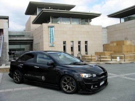 Mitsubishi Evo X Black Illusion por Sequential