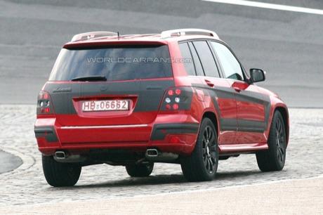 Black in red: Mercedes GLK, prototipo de producción en rojo