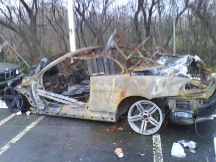 BMW M6 Cabrio quemado