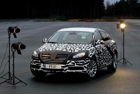 Opel Insignia espía