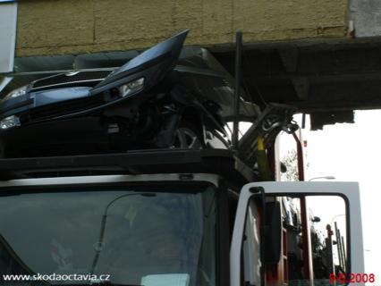 Skoda accidente