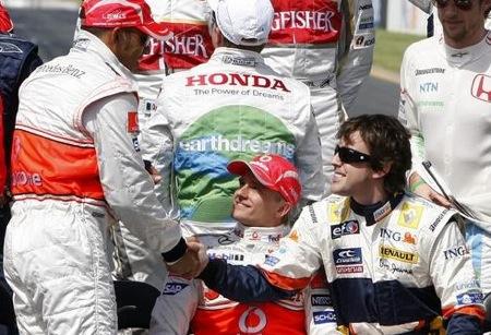 Hamilton, Kovalainen y Alonso