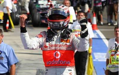 Kovalainen celebrando su primera victoria