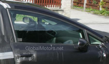 Nueva foto espía del SEAT León 2009