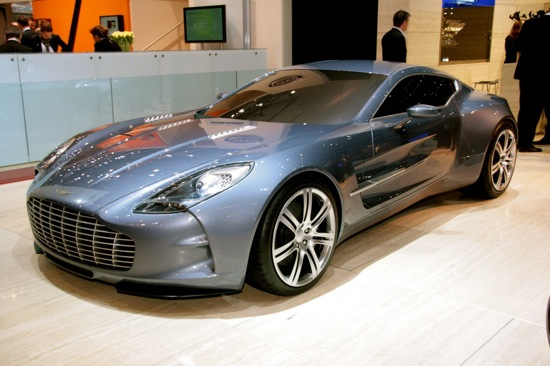 1269007600_AstonMartinOne77