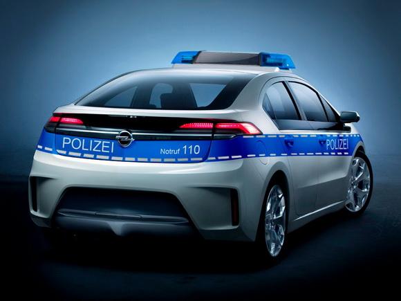 Opel-Ampera-Police-2