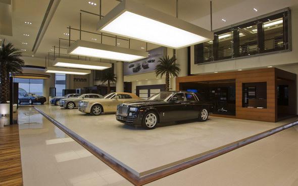 rolls_royce_abu_dhabi_dealership_images_002