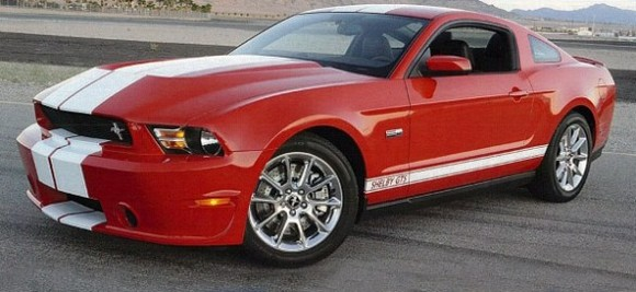 01-shelby-gts-mustang-585x269