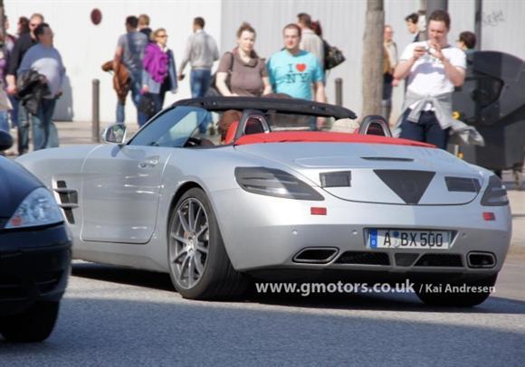 Mercedes-SLS-AMG-Roadster-31-650x456
