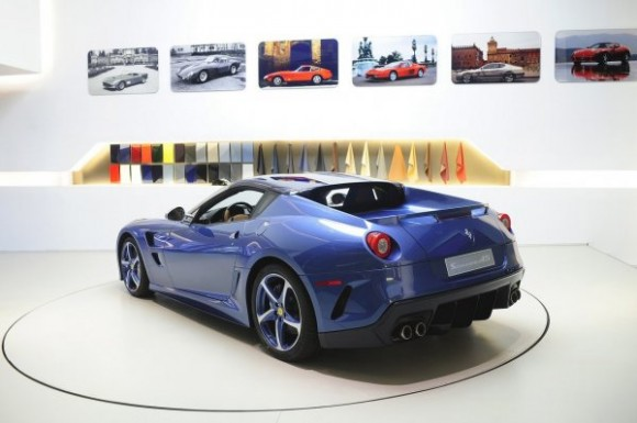 Ferrari_Superamerica_45_03