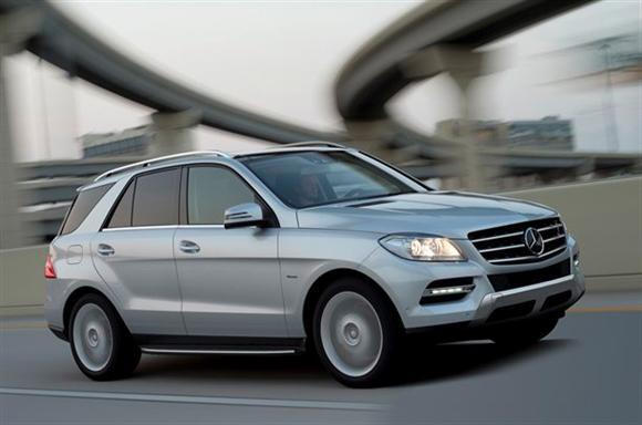 Mercedes-Benz-761111413203171600x1060