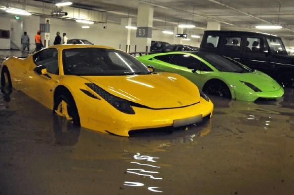 garaje-inundado-hm-superdeportivos-1