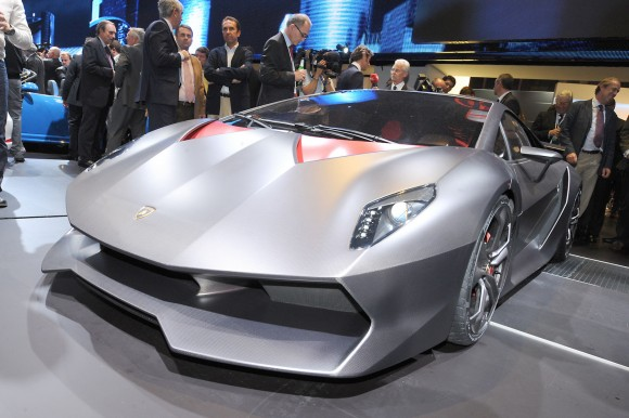 Lamborghini-Sesto-El-2