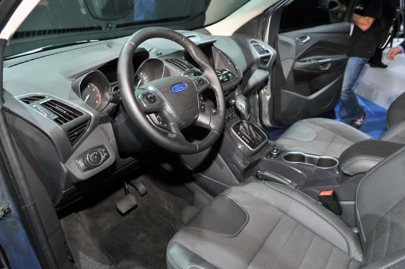 24-2013-ford-escape-la-1321479093