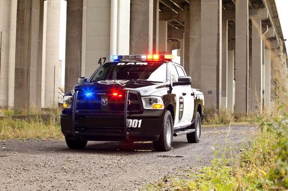 Ram-1500-Crew-Cab-Police-pickup-3