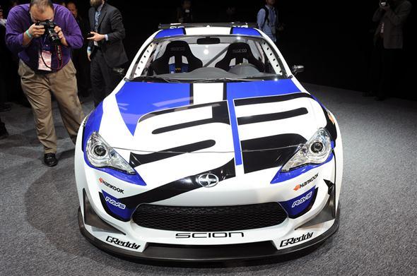 11-scion-fr-s-race-car-detroit