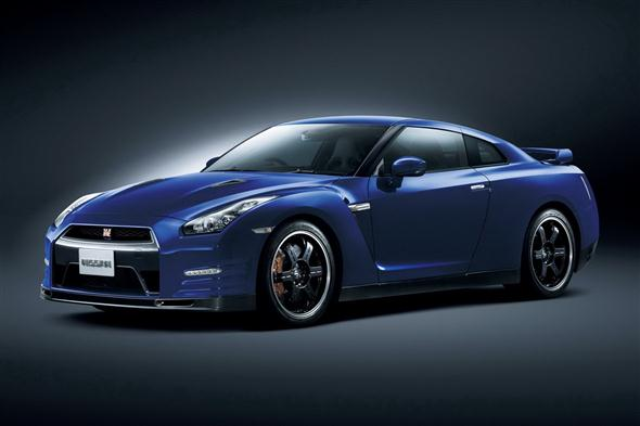 2012-Nissan_GT-R-Track-Pack-1[2]