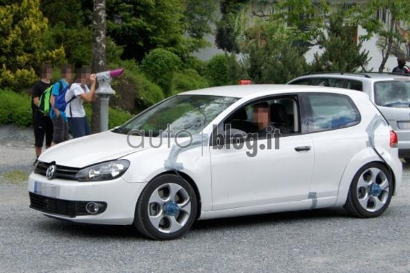 Foto_Spia_Volkswagen_Golf_VII_R_GTI_02