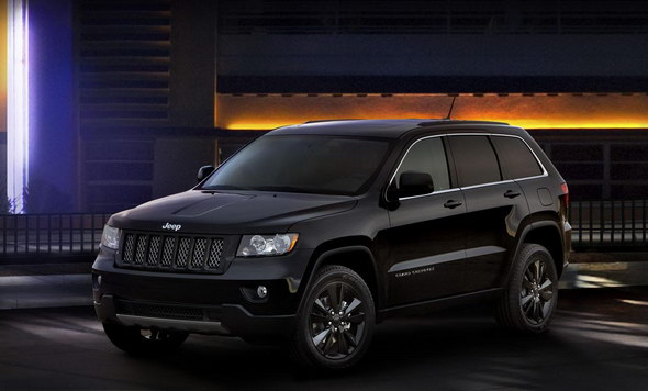 big_Jeep_Grand_Cherokee_Compass_Patriot_Altitude_05