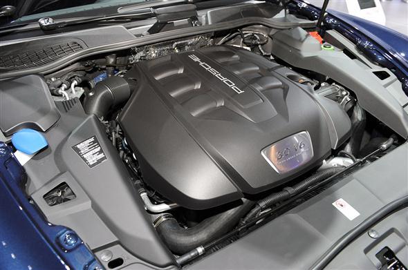 13-2013-porsche-cayenne-diesel-ny-1333546824