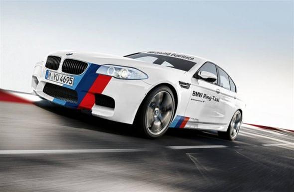 BMW_M5_F10_RingTaxi