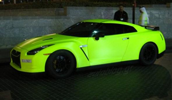 Matte-Green-Fluorescent-Nissan-GT-R-in-Dubai